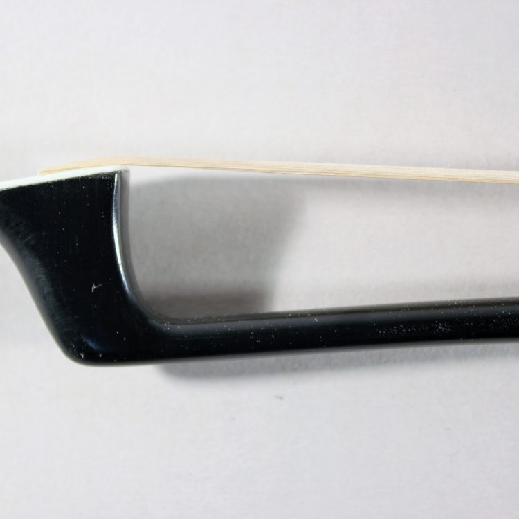 Col Legno 4/4 Carbon Cello Bow Standard for sale at Bridgewood and Neitzert London